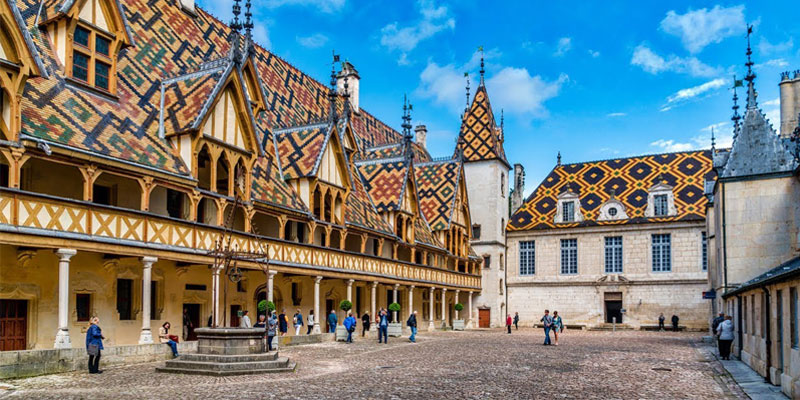 art and architecture in burgundy